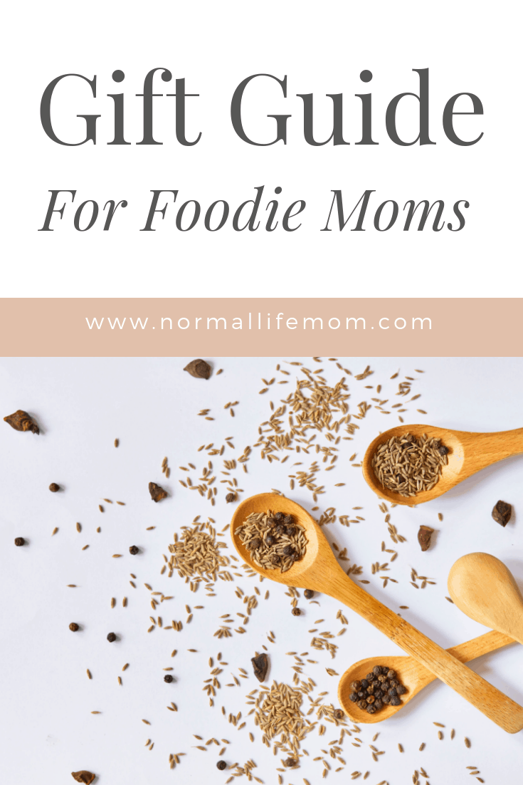The ultimate guide to thoughtful and unique gifts for moms who love to cook. Gifts for women who love spending time in the kitchen and cooking. Mother's Day gifts for grandmas or moms in your life who are foodies #foodiemom #mothersday #mothersdaygifts