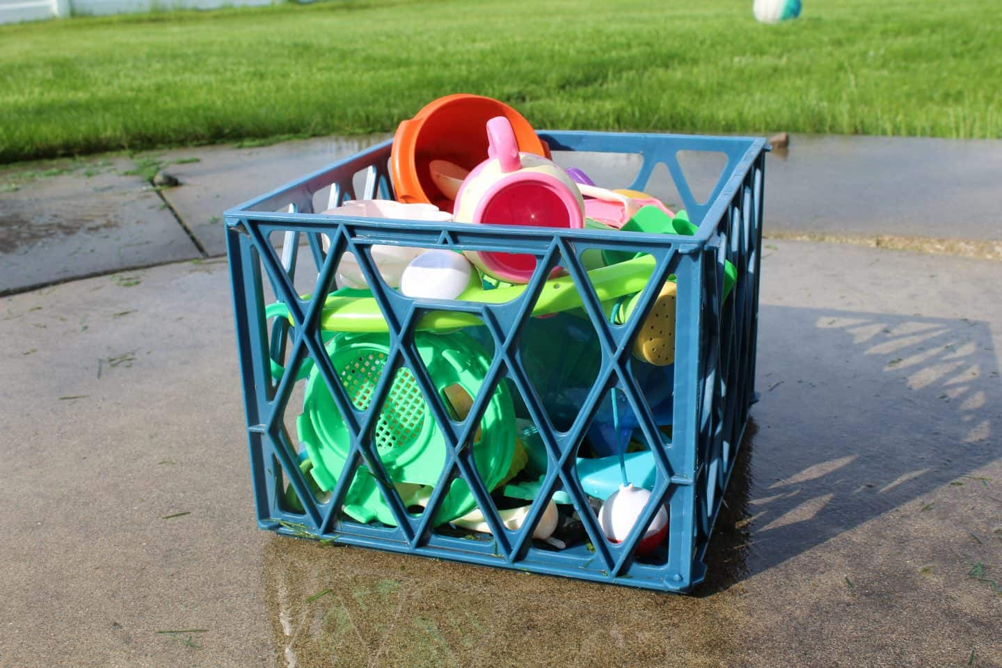Easy way to store outdoor water toys for kids.