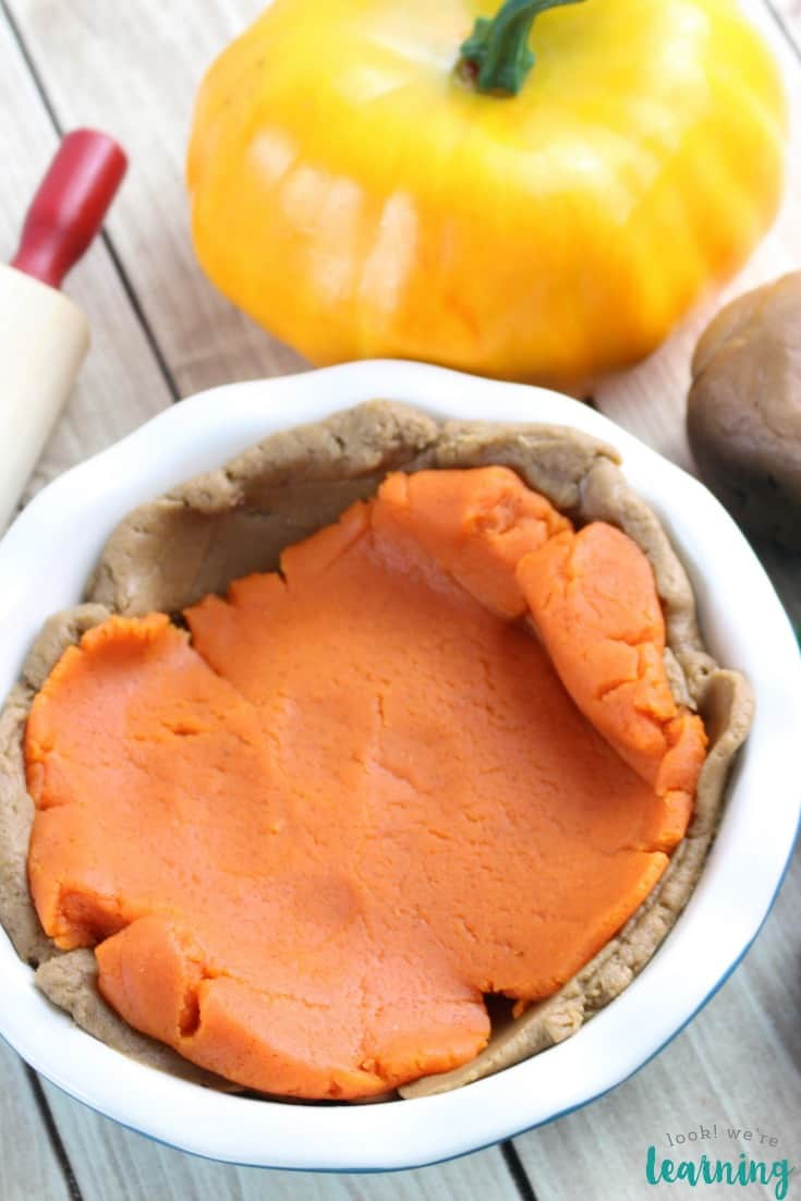 pumpkin pie playdough